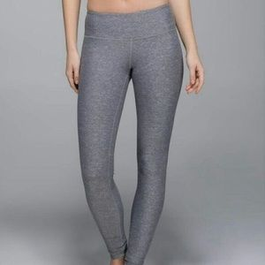 Lululemon wunder under leggings 28""